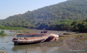 elephanta-island-during-low-tide